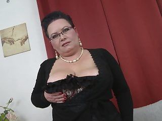 Stud engulf whoppers and bonks breasty large mamma