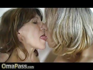 Omapass dilettante lesbo matures toy masturbation