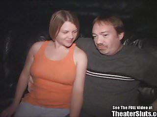 Sexo anal grupal de mamas grandes em loiras de teatro pornô