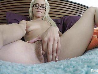 Petite hottie elsa jean fingers her shaggy cunt